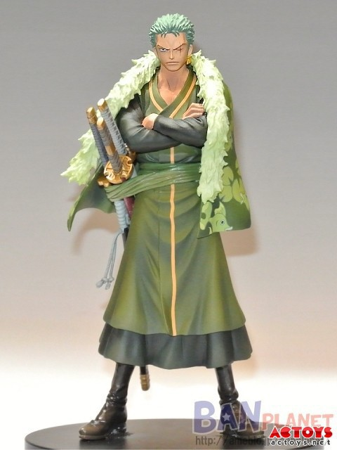 17CM One Piece Fighting Roronoa Zoro PVC Anime Figure Collection Toy New In Box