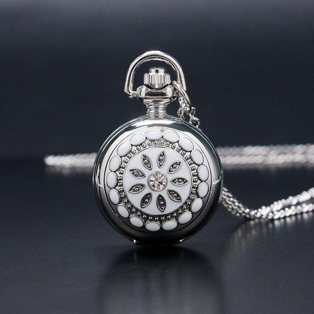 New Cool Lady Pendant Silver Flower Antique Style Chain Women Full Hunter Classic Pocket Watch Girl Rhinestone Gift