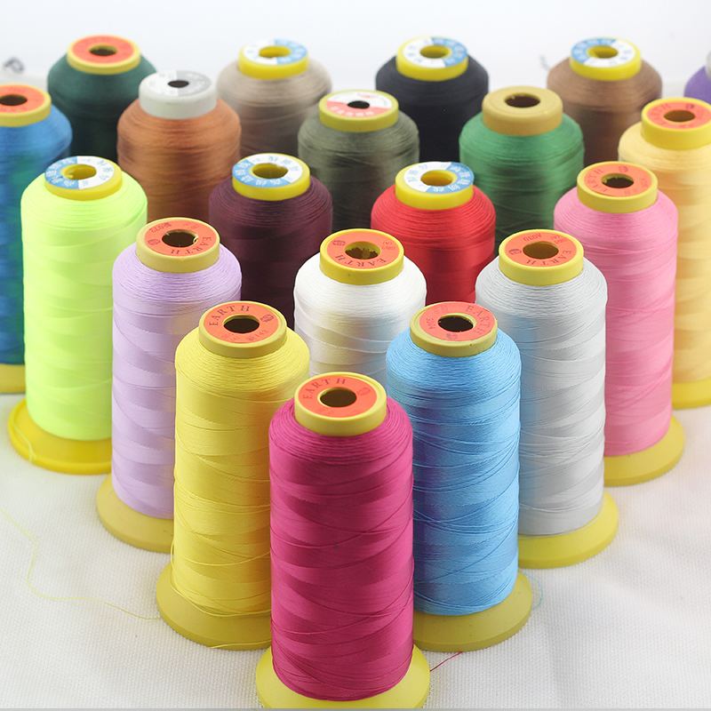RED SPUN POLYESTER SERGER /& QUILTING THREAD 4 TUBES VALENTINE/'S DAY SWISS PINK