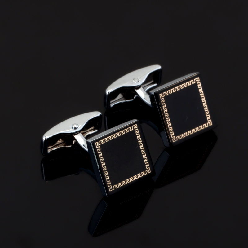 Men Gift black enamel Cufflinks Wholesale&retail Silver Color Copper Material Novelty square Design High Quality for Christmas