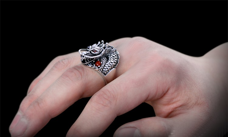 Edgy 925 Sterling Silver Red Eyes Dragon Ring in hand