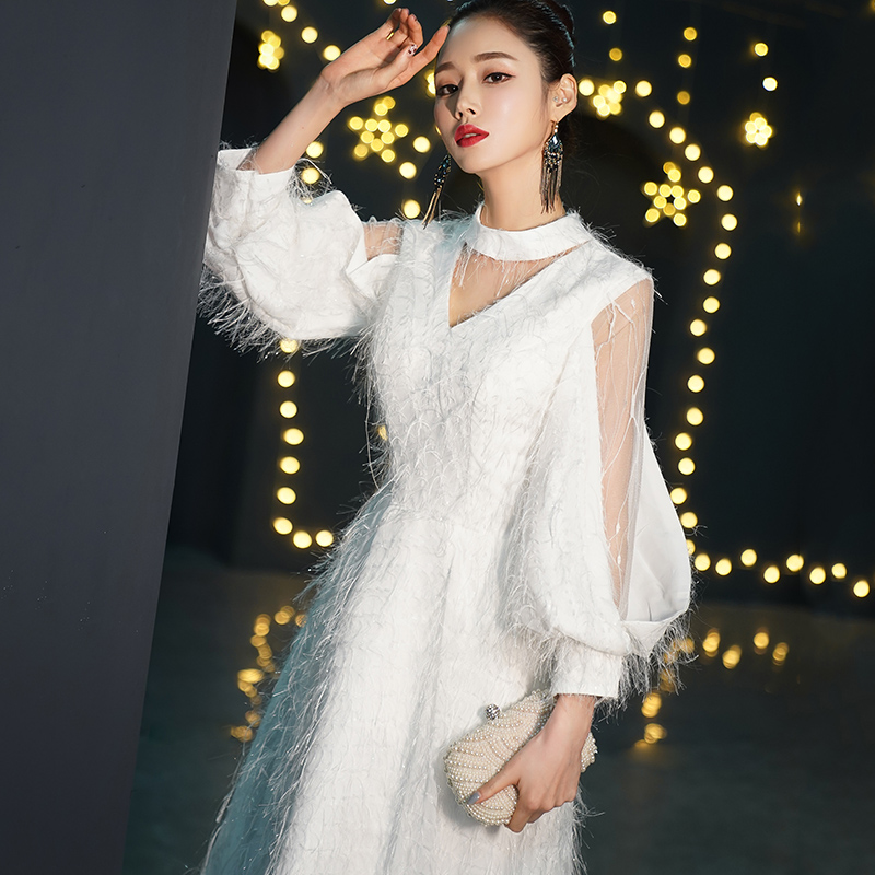 White Wedding Dress 2019: 2019 New White Wedding Gowns Fashion Winter Warm Long