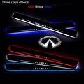 Venda quente! 2 pcs Venda Hot Car LED Moving Porta Scuff Fit Para INFINITI FX35 FX50 GS25 ESQ Hig Q50 Q70 QX50 Porta Da Frente Azul Branco Vermelho