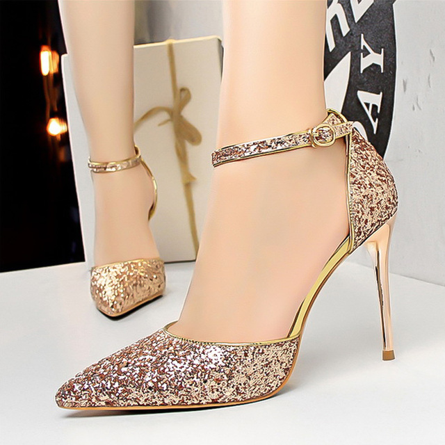 LAKESHI Women Pumps Wedding Shoes Bride Sexy High Heels Pointed Toe Bling  Sequin Party Heel Shoes Gold Red Women Heel Sandals f0355c5e0c01