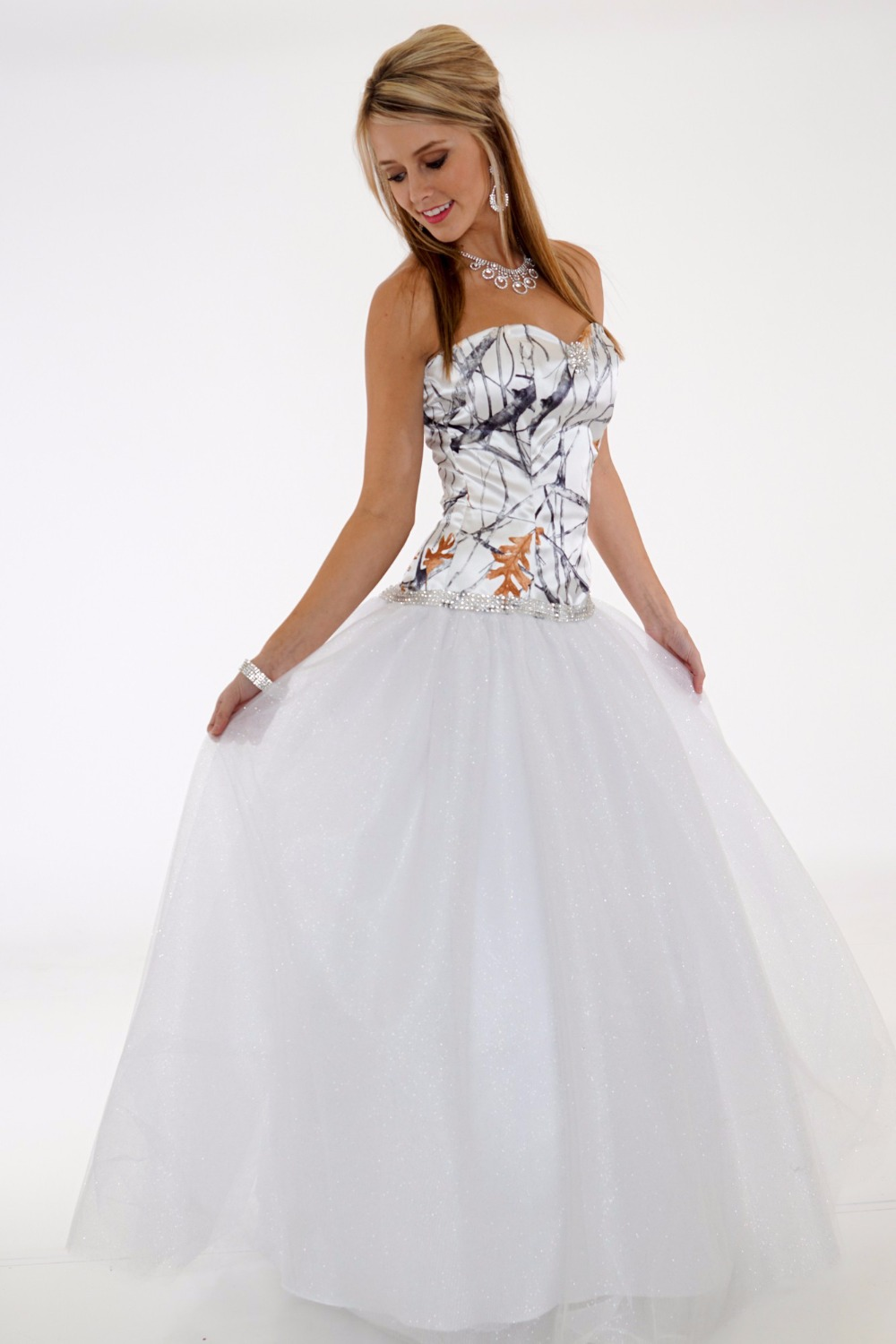 Camouflage Wedding Dress 2019 Vestido De Noiva White Camo Wedding Dresses China Custom Make Free Shipping Suitable For Men, Women, And Children