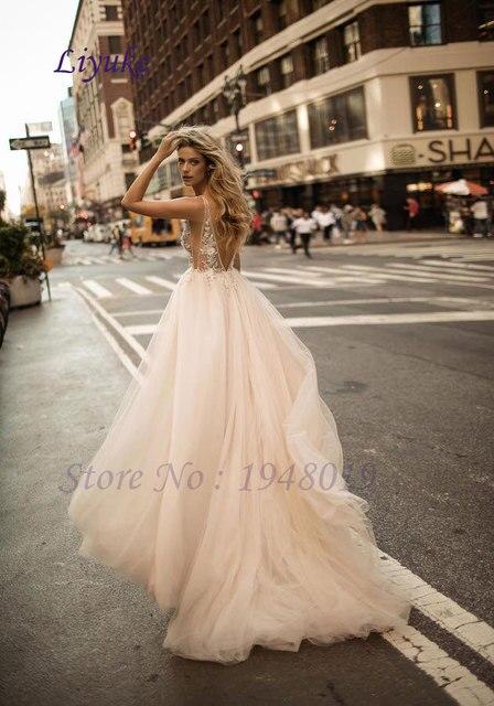 Liyuke Bridal Lace Tulle A Line Country Western Wedding Dresses Sleeveless Bride Dress Wedding Gown vestido de noiva longo