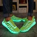 La moda de nueva llegada Llevó la luz de zapatos de las mujeres 2017 zapatos de las mujeres ocasionales Respirables Led luminoso zapatos de las mujeres