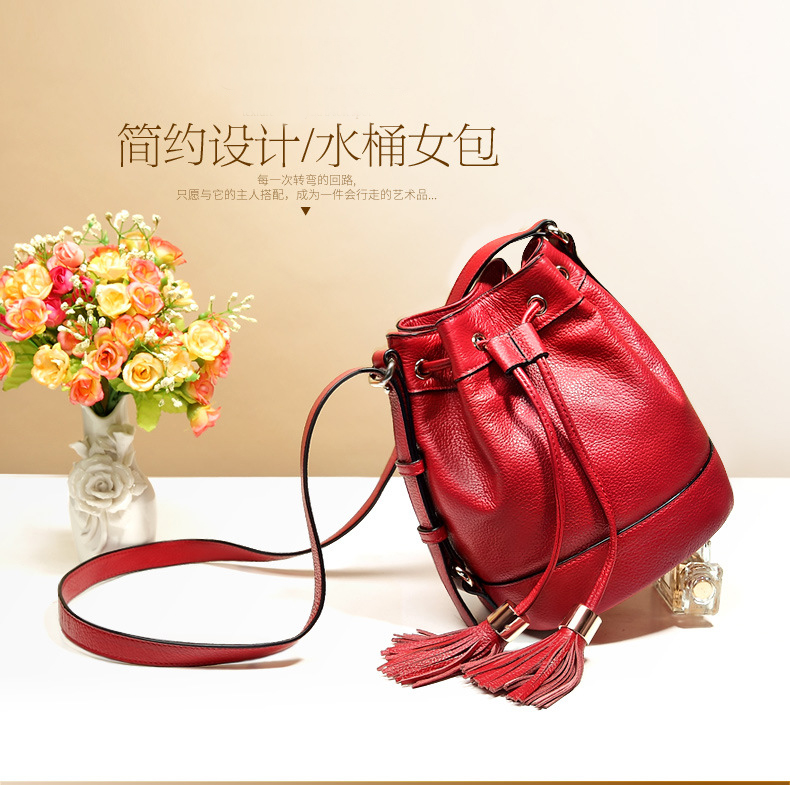 2016 new leather handbag shoulder bag ladies fashion leather bucket Crossbody Bag female