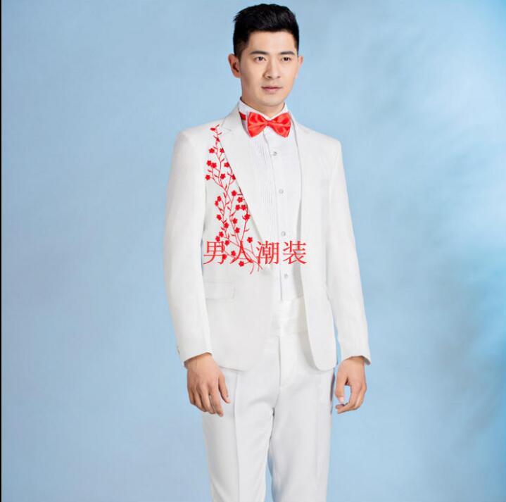 6a6f0e21ea Blanco cantante etapa bordado ropa para hombres traje con pantalones 2019  hombres trajes de boda traje de novio vestido formal corbata en Trajes de La  ropa ...