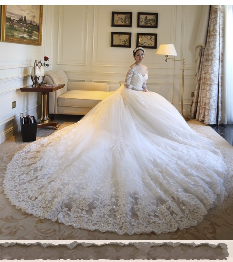 Plus-Size-V-neck-Half-Sleeve-Cathedral-Royal-Wedding-Dress-2016-Luxury-Long-Train-Vestido-De (1)
