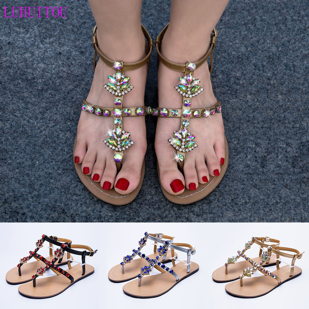 2019 NEW Women`s summer bohemia diamond sandals woman beach shining rhinestones shoes T strap thong flip flop Boho Crystal shoes