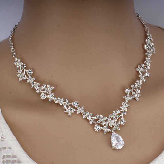 Luxury Crystal Bridal Jewelry Set  3