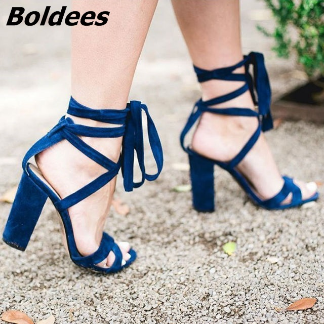 Women Simply Design Super Elegant Chunky High Heel Sandals Fancy Open Toe Block Heel Ankle Wrap Lace Up Dress Sandals HotSelling ladylike women s sandals with chunky heel and beading design