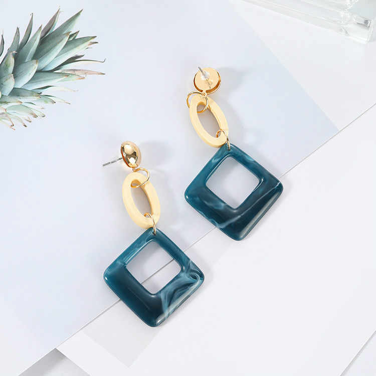 Retro Neoglory 2017 Fashion New Earrings Temperament Exaggerated Trend Of Wild Ladies Exaggerated Big Ear Nails Wholesale Sales