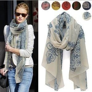 Mode bohême bleu et blanc porcelaine imprimer écharpe cape double écharpe  de soie longue conception serviette de plage cappa 1ffb91ff4de