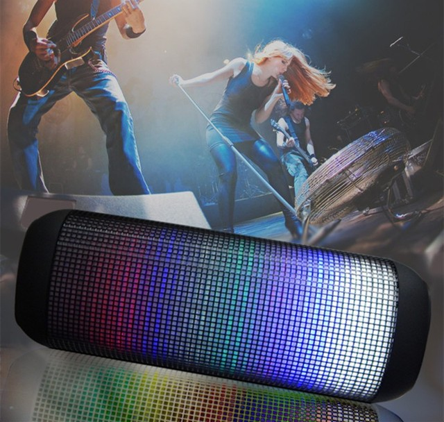 Pulso x2 bluetooth speaker led brilho iluminação líder portátil baixo bom alto falantes sem fio em miniatura do tf auxiliar som