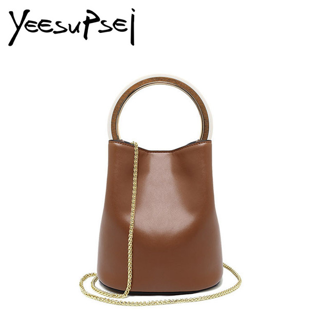 5425fe34ef EsMussSein Fashion Shoulder Bag Round Ring Wooden Handle Bag Women Bucket  Bag Famous Designer Personality Small