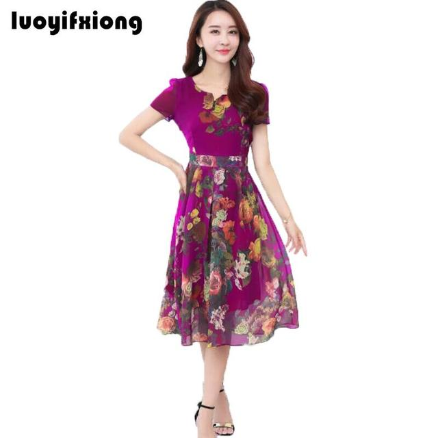 3e75793d1 2018 Nova Moda Vestido de Verão de Impressão Elegante Vestido de Chiffon  Com Decote Em V