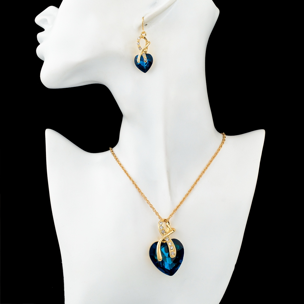 Gold Plated Silver Necklace Set 290 00: Crystal Heart Necklace And Earrings Set