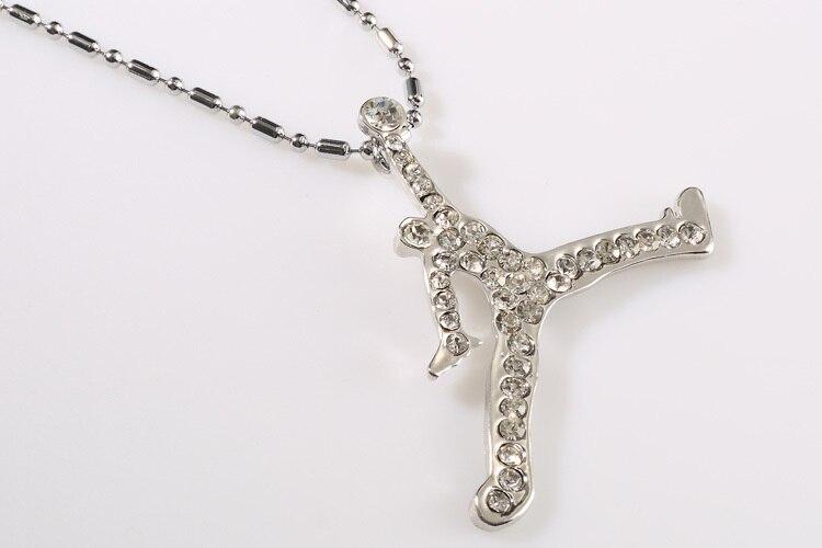 9b4506f895 ZRM 20 unids/lote joyería de moda al por mayor oro/plata encanto Jordan  collar alta calidad hombres joyería caliente, original de fábrica en  Collares ...