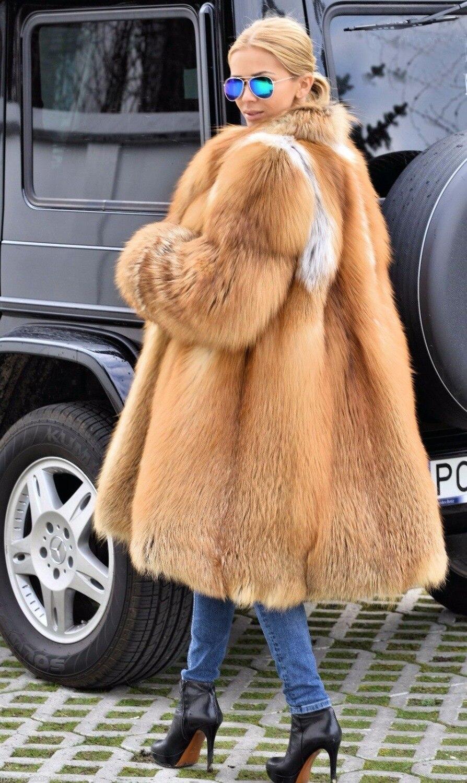 Et Avec Manteaux Femmes Collar Printemps Réel 2019new Survêtement Véritable De Fox Dames Naturel Manteau Collar Hood Turn down Mode Capuche Renard with Fourrure Red RwvUq58Ow