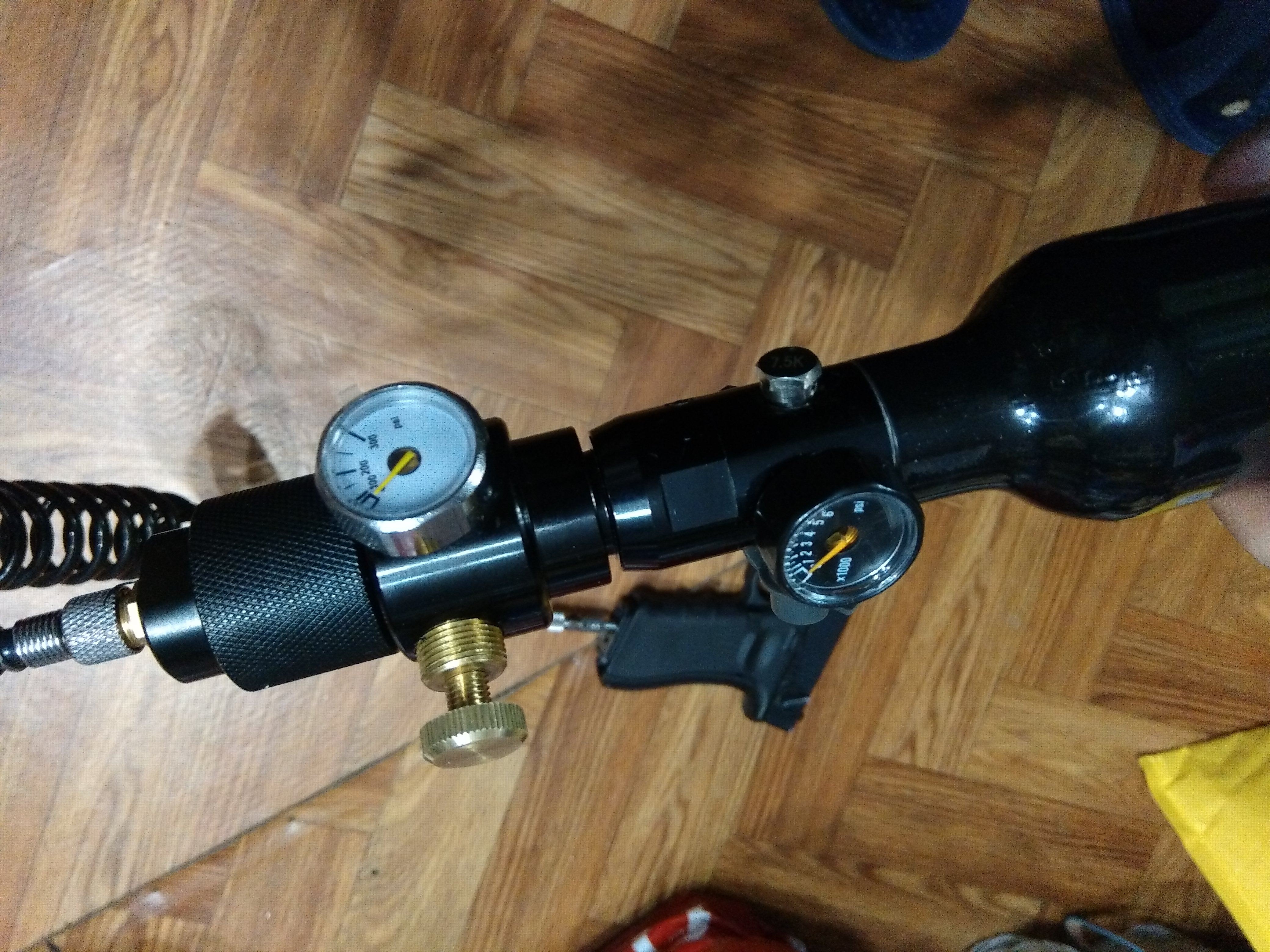 Image 5 - Paintball Airsoft BB GUN HPA Co2 Regulator Valve with Outlet Refill Adapter 0~200psi-in Paintball Accessories from Sports & Entertainment