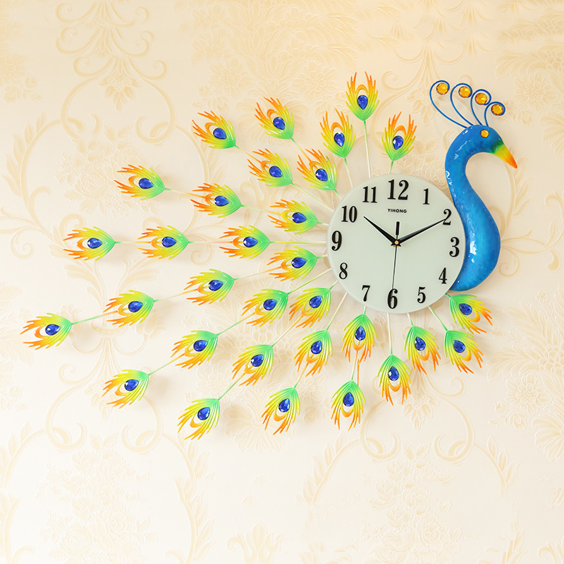 European Modern Home Living Room Wall Clock Peacock Creative 3D Wrought Iron Mute Clock Fashion Decorative Quartz Clock Hot Sale
