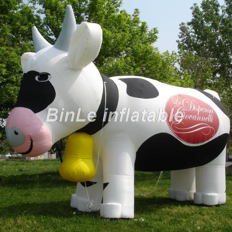 Customized air blow giant inflatable cow with logo printing for outdoor event customized 3 meters long giant inflatable shark high quality decorative blow up shark replica for sale toys