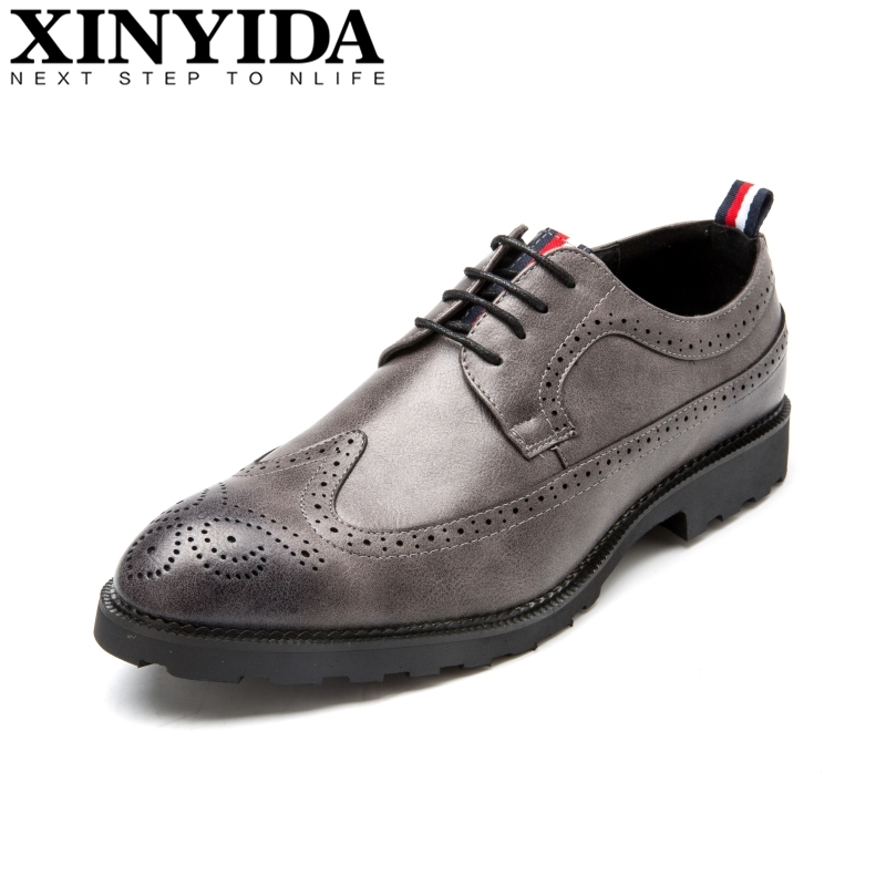 Vintage Pointed Toe Men Brogue Shoes Mens Lace-up Breathable Bullock Carve Causal Shoes Fashion Men Leather Shoes Plus Size37-46