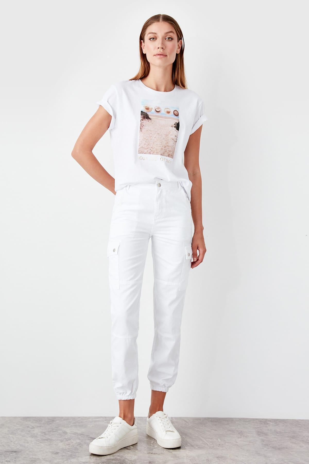 Trendyol White Cargo Pocket High Waist Jogger Jeans TWOSS19JE0008