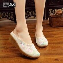 Chinesische stickerei hausschuhe frauen schuhe casual keile heels chinelo feminino flip flops sandalen für frauen mujer rutschen terlik