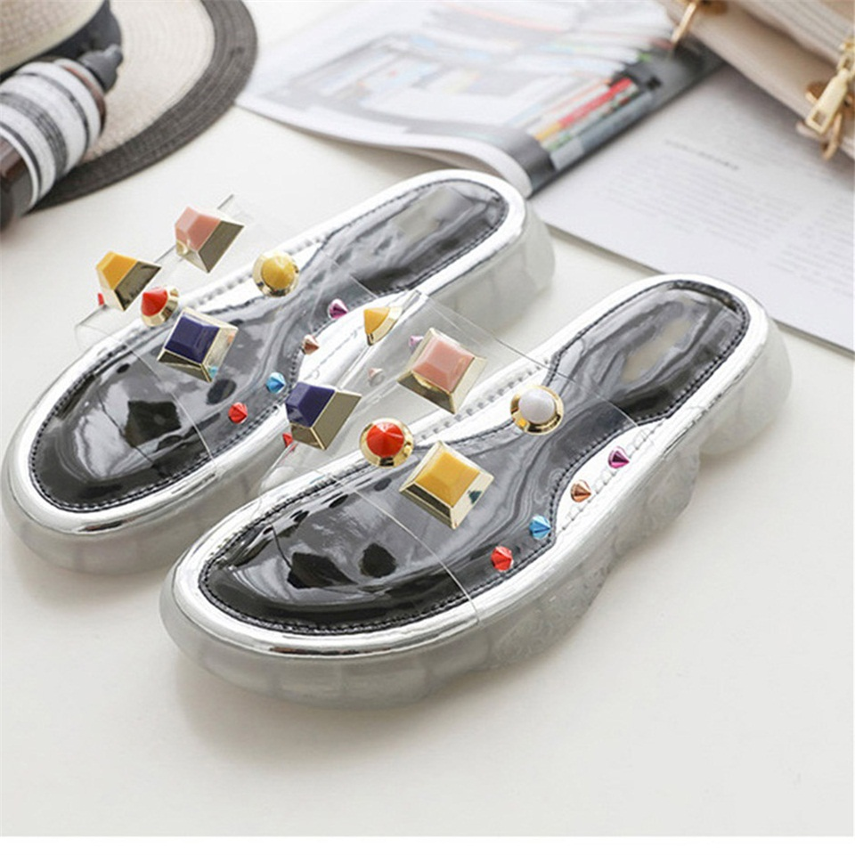 Womens Slippers 2019 New Flat Shoes Transparent Casual Summer Sandals Fashion Studs Cool