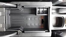 Yimaautotrims Centrale Multifunzione Contenitore di Scatola di Immagazzinaggio Del Telefono Accessorio Del Vassoio Della Copertura Fit Kit Per Suzuki SX4 S-cross 2014- 2019