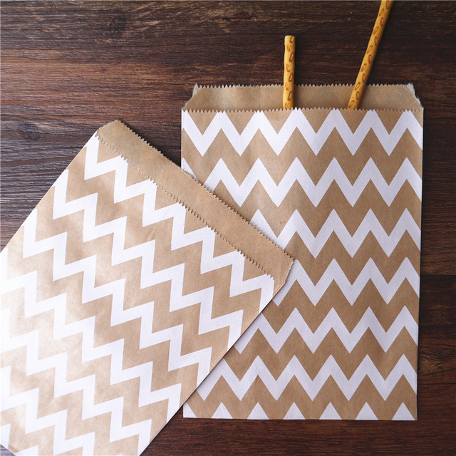 100pcs 13x18cm Craft Treat Candy Striped Bag High Quality Party Favor Paper Bags Stripe Printed