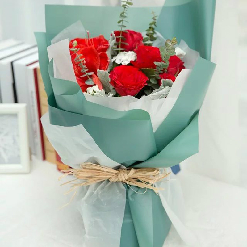 how to wrap a flower bouquet with tissue paper