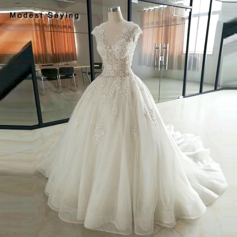 Real Luxury Ivory Ball Gown Embroidery Lace Wedding Dress 2018 Sexy Sheer Cap Sleeves Bridal Gowns Custom Made Robe De Mariee