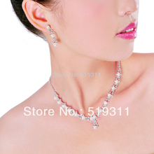 Pretty beautiful Rhinestone Crystal Necklace Earrings & forehead Wedding Jewelry Set Gifts Imitate pearl sets Promotion!
