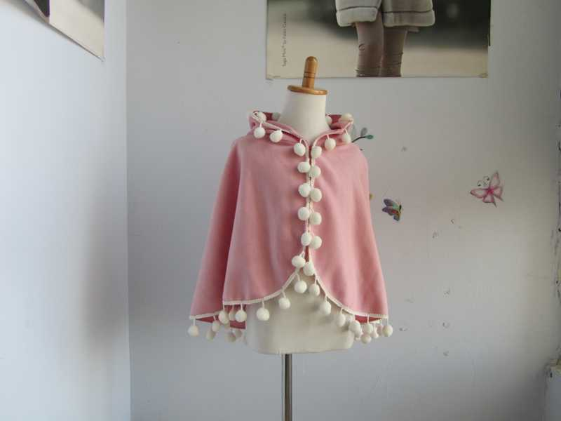 2017 New arrival   spring/autumn kid 's(age3-5)  cashmere cape/ child's shawl/  girl's poncho    length 45cm kid s box 2ed 5 pupils bk