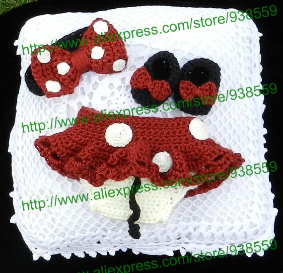 Crochet Newborn Minnie Mouse Outfit: Headband, Diaper Cover with Tutu Skirt and Shoes - in RED Photo. Prop Free shipping