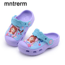2017 The New For Summer Hot Sale Kids Mules And Clogs Cartoon Pattern Beach Cool Sandals Slippers Children Garden Shoes