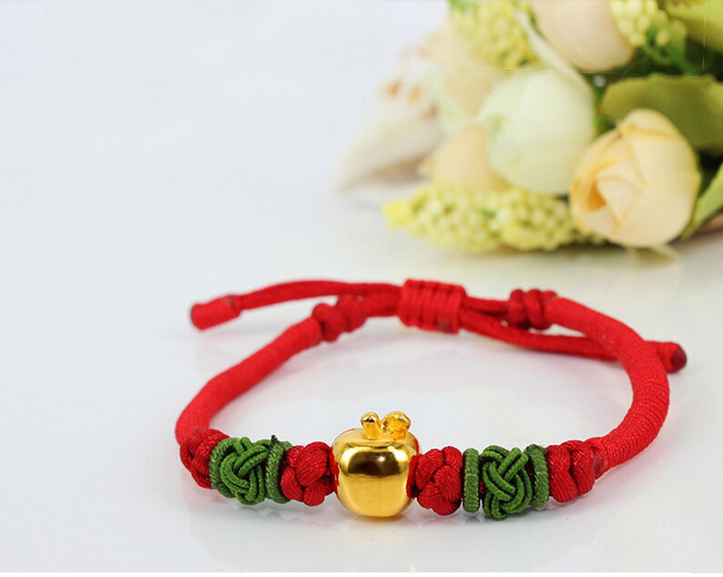 все цены на New Arrival Cute Red Colour String 999 3D 24K Yellow gold Apple Bracelet