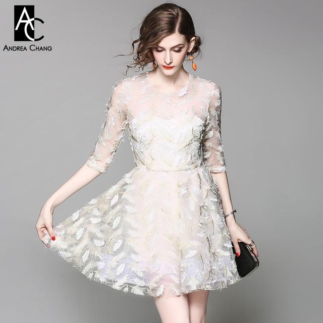cddc447c18 Primavera verano runway diseñador mujer vestido beige vestido de fiesta  vestido de bola patrón de plumas
