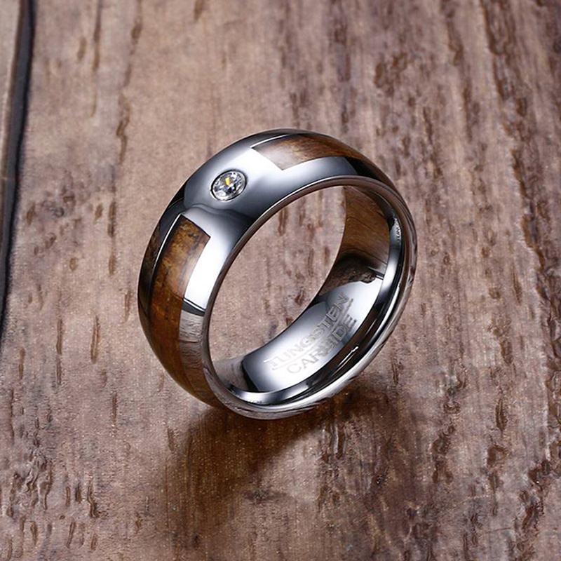 Unique 8mm Hommes En Carbure de Tungstène Anneaux Grain De Bois D'acajou et CZ Inlay Comfort Fit Wedding Band Hommes De Mode Bijoux anel bague