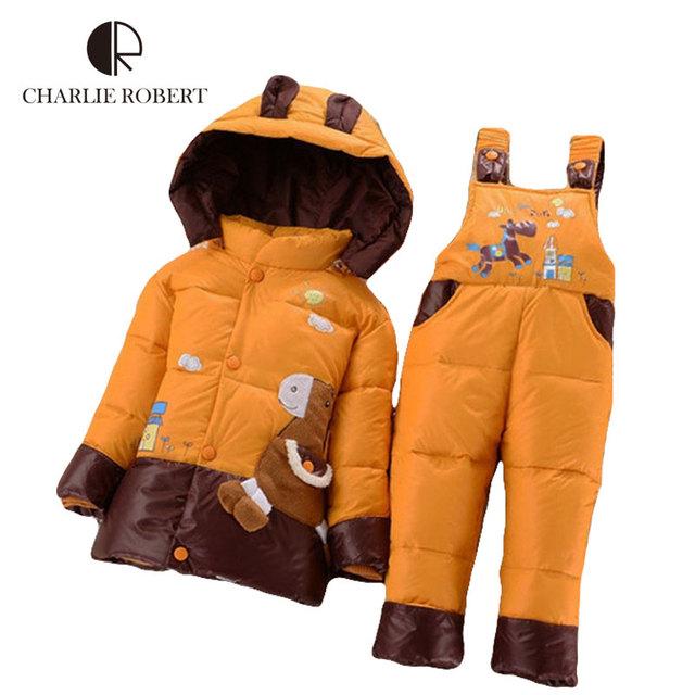 Rusia Niños de Ropa Caliente del Invierno Espesar Pato Abajo Parkas Chaqueta Y Pantalones Set Bebé Niño Traje Para La Nieve de Caballos Encapuchados ropa de Abrigo