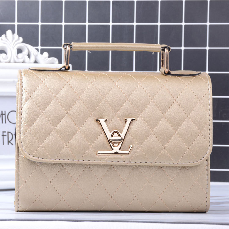 e92217c3c9 2018 Fashion Leather Small V Style Luxury Handbags Women Bags Designer  Crossbody For Famous Brands Messenger Bags Louis Bolsa-in Shoulder Bags  from Luggage ...