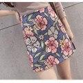 Falda caliente 2017 Verano Moda de Nueva Runway Marca Retro Flores Impreso Jacquard Azul Mini Media Falda