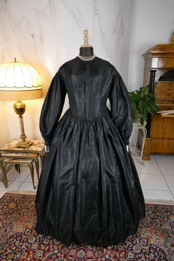 1879s Queen Elegant Antique Maternity Gown Renaissance Middeleeuwse Victoriaanse Theatre Dress Halloween Cosplay High Quality