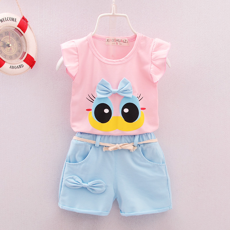 2016 Summer Baby set Short cartoon Duck printed Sets 2pcs clothes set Baby Girls Clothing Suit Shirt Vest +Bowknot Plaid Shorts 2017 new pattern small children s garment baby twinset summer motion leisure time digital vest shorts basketball suit
