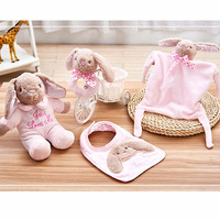 4PCS/Set Newborn Baby Bibs Saliva Towel Hand Bell Boll Soothing Towel Combination Set To Send Baby Gifts
