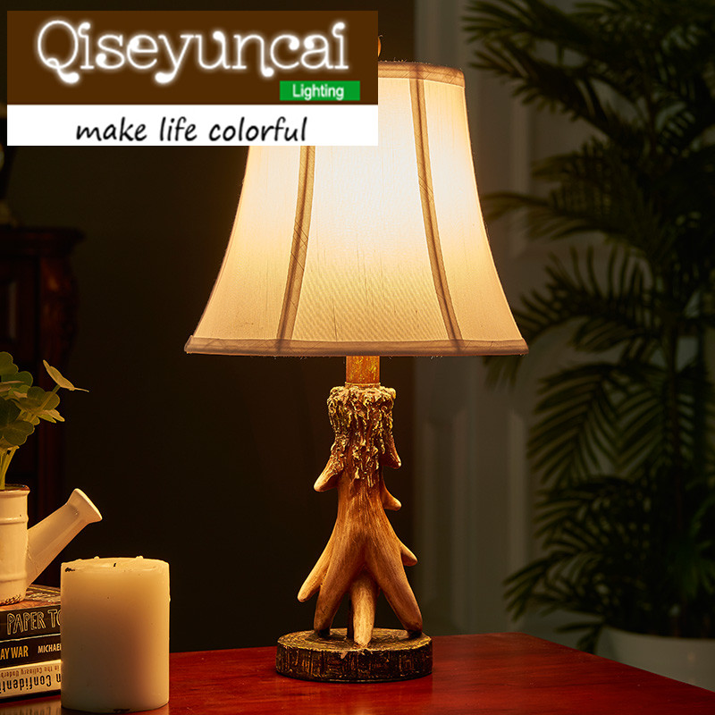 Qiseyuncai American country elk table lamp retro new classical simple creativity cozy bedroom bedside lamp